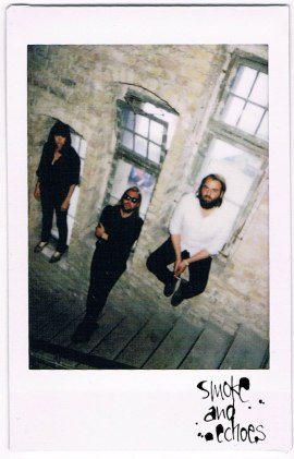 Band-of-Skulls-3web
